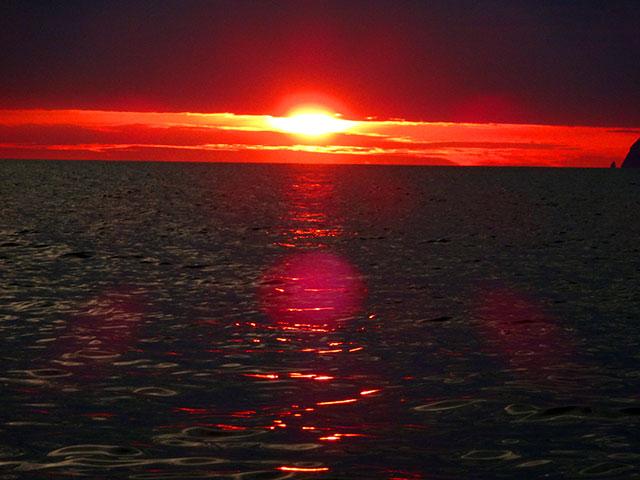 Рассвет в Японском море
