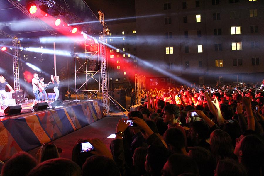 Концерт в студенческом городке 013