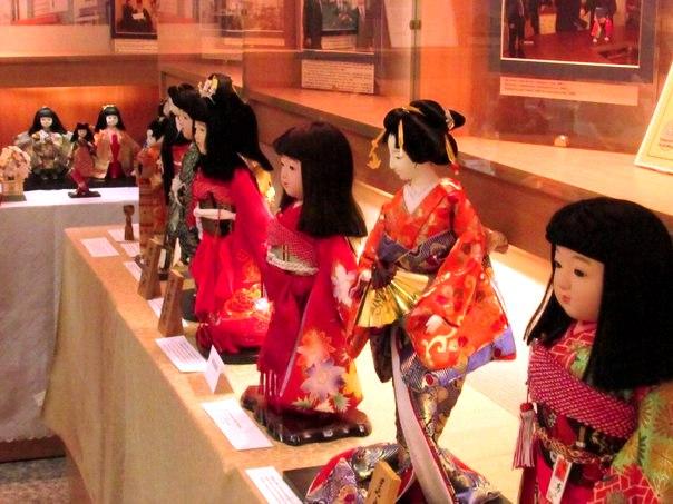 Куклы с национальным колоритом (репортаж с выставки БГУ)