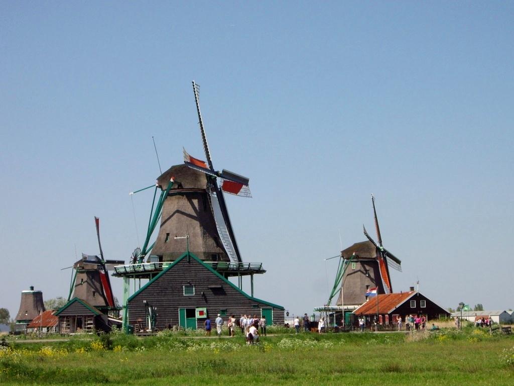 Нидерланды — страна каналов, велосипедов и тюльпанов