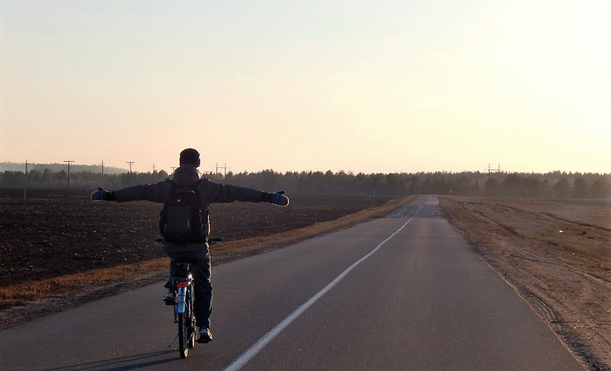 «Бросить всё и укатить в закат по Route 66»