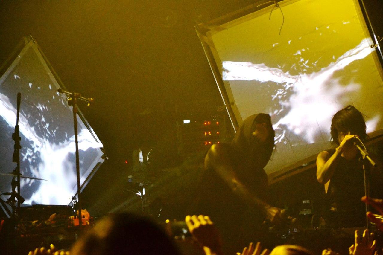 Альтернатива реальному миру: в Минске прошел концерт IAMX. 13