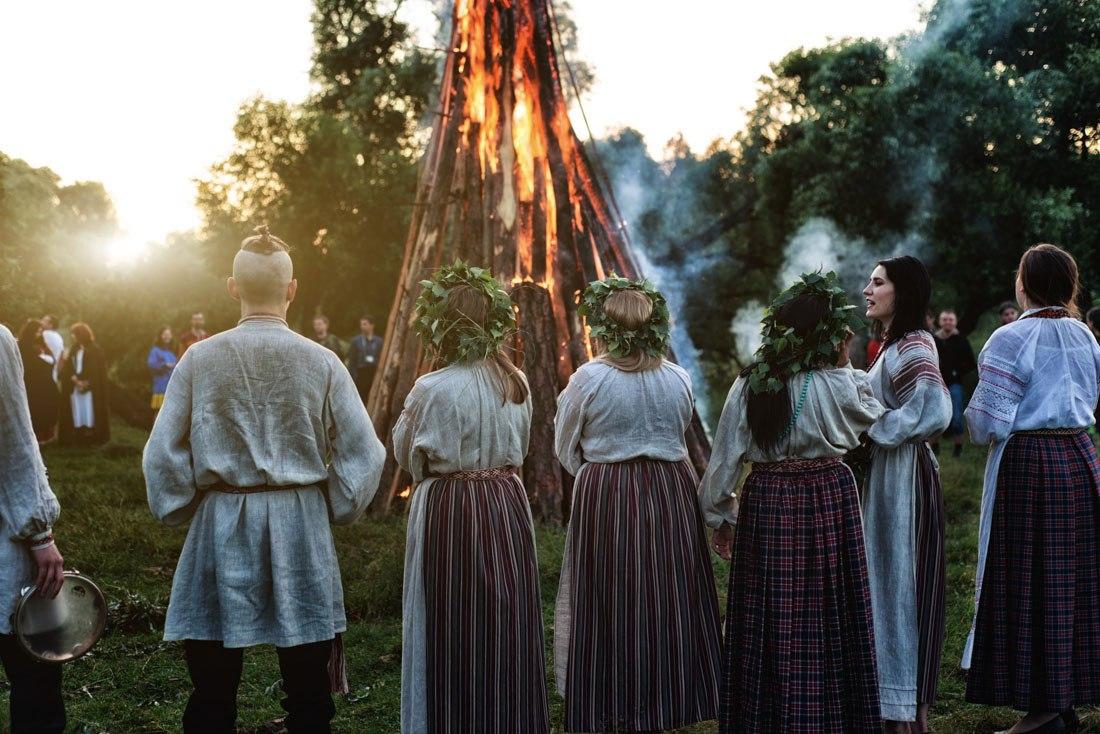 «А это праздник есть, пить и танцевать?»  Как белорусы встретили Купалье 13