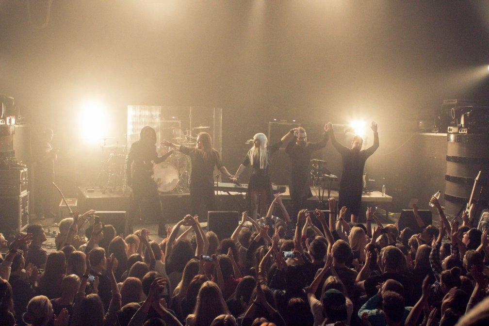 Первый поцелуй: The Hardkiss дали сольный концерт в Re:public 15