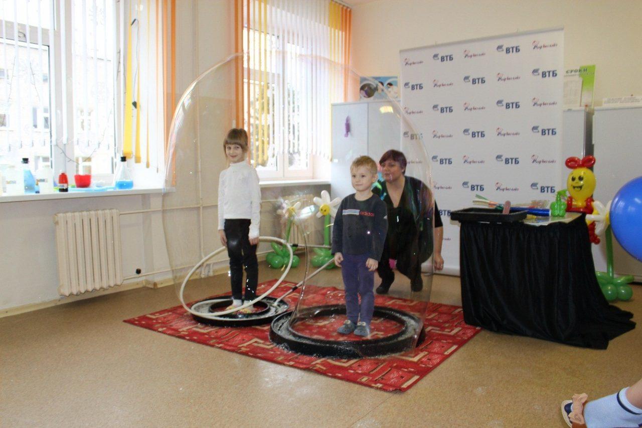 Банк ВТБ помог слонимской детской больнице 9