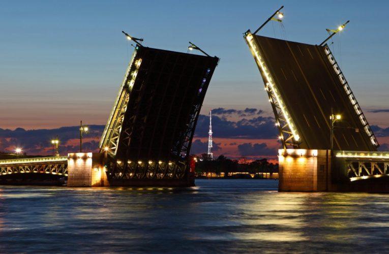 Русский язык как мост через реку времени к единению государств