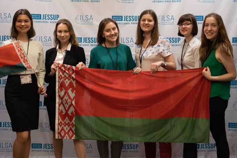 Студентки ФМОБГУвошли в Топ-100 лучших участников на Международном юридическом конкурсе 12