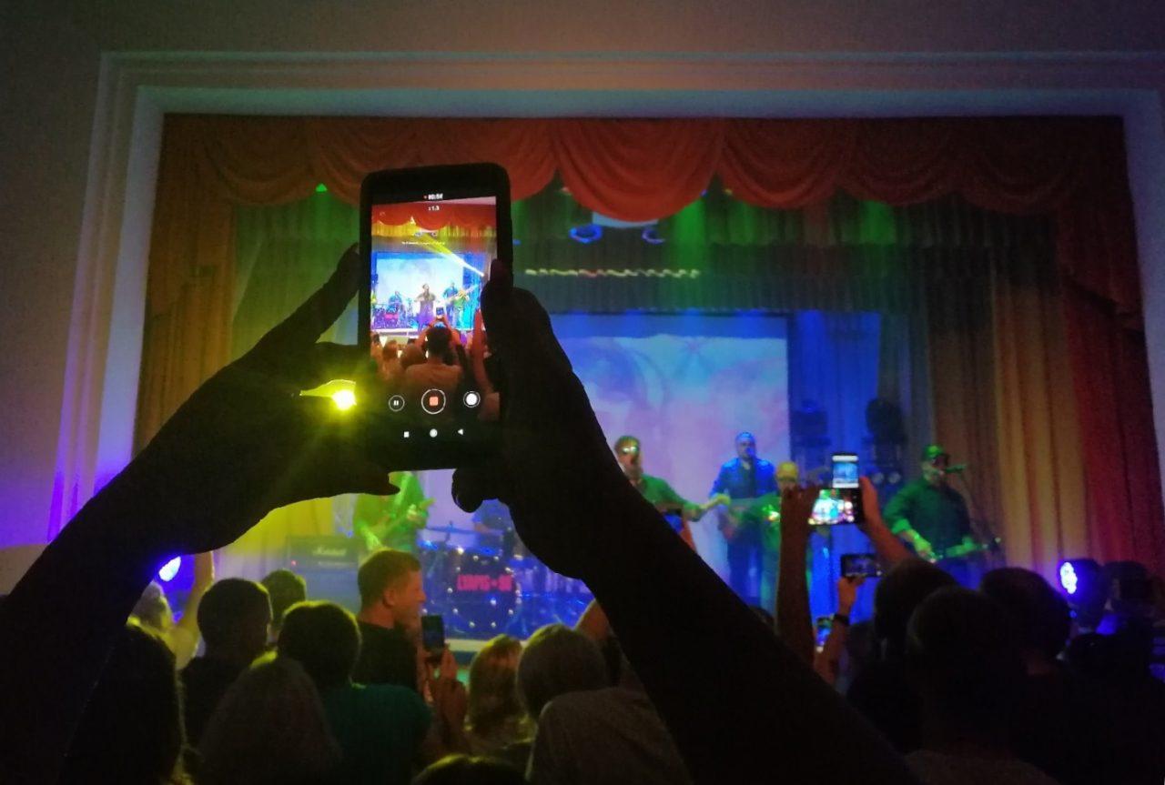Воины света: репортаж с концерта «Ляпис 98» в Логойске 11