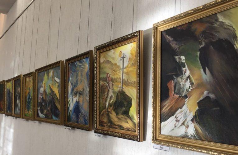 Почему стоит сходить на выставку Василия Бурова?