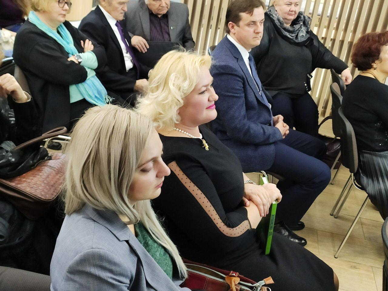 «После таких историй понимаешь: журналистике довольно сложно научить, ей можно только научиться». В Минске прошла презентация книги «Журналистика — это...» 20
