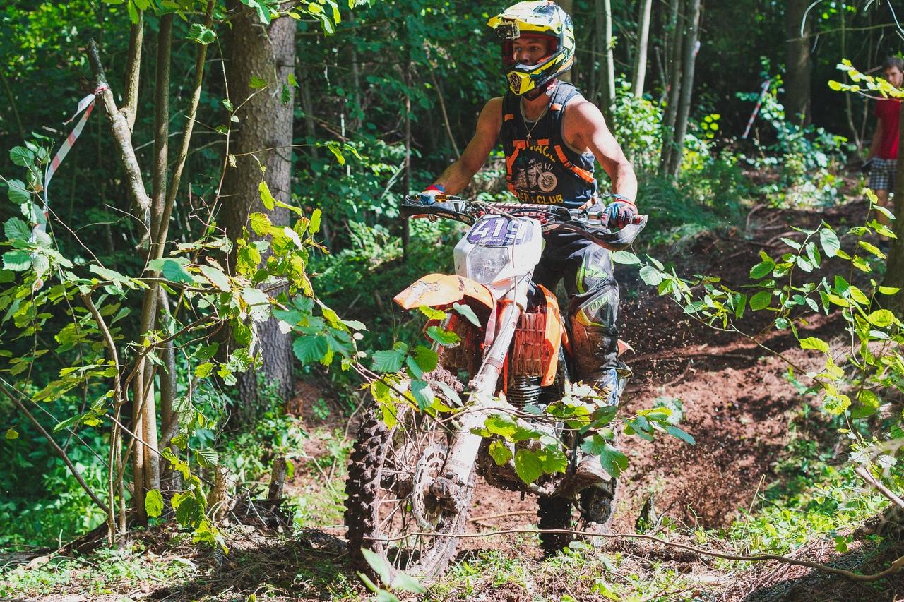 От любви к мотоциклам до профессионального спорта 14