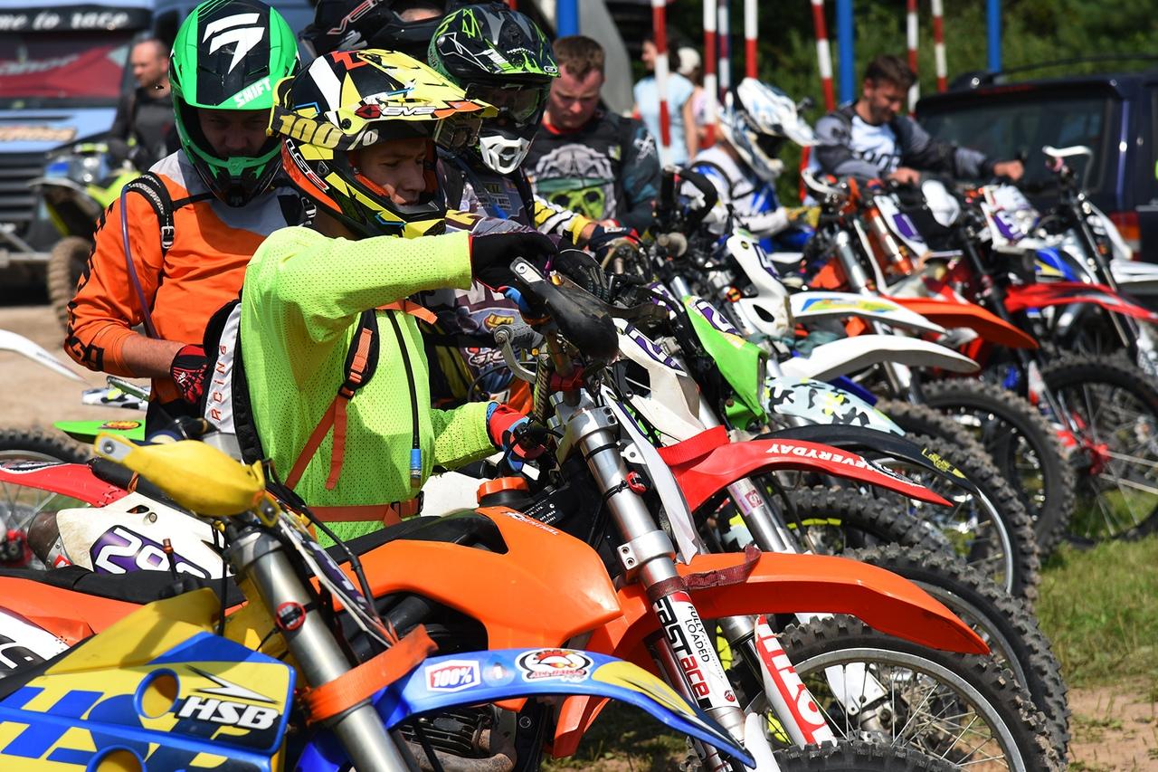 От любви к мотоциклам до профессионального спорта 17