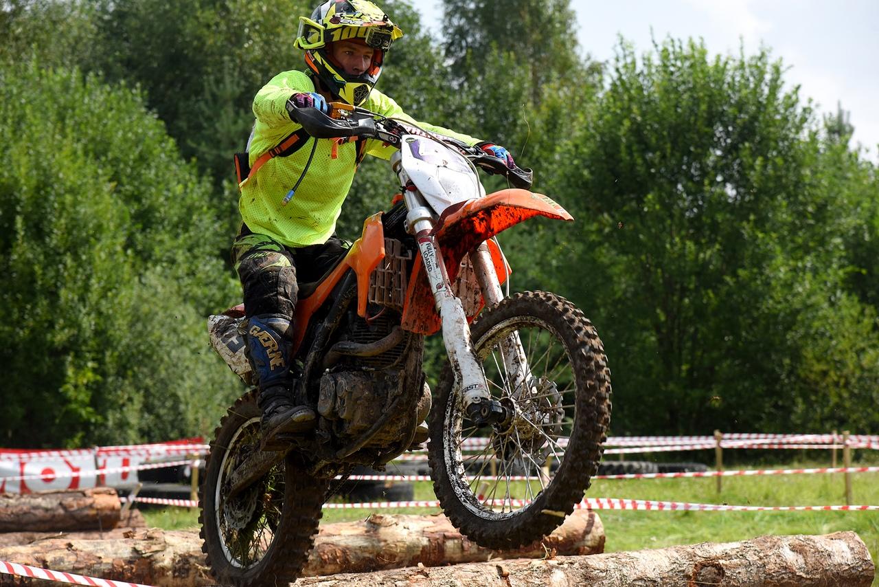 От любви к мотоциклам до профессионального спорта 16