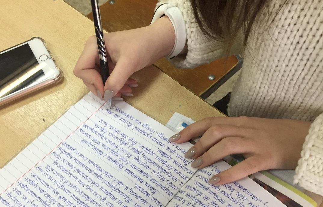 Откуда руки у шариковой ручки растут? 14