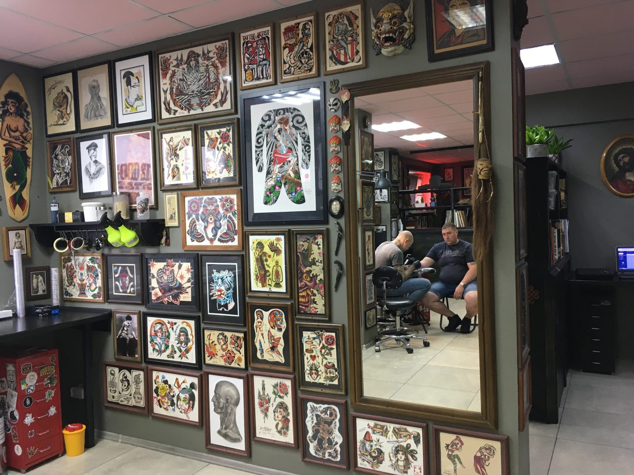 Забивай меня скорей: тату-мастер рассказал, зачем белорусы делают татуировки 11