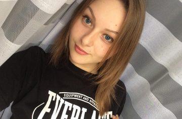 Выпускница факультета журналистики Виктория Марковская о женственности и не только 14