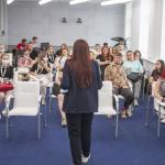 От теории к практике: студенты факультета журналистики посетили Псковское агентство информации 31